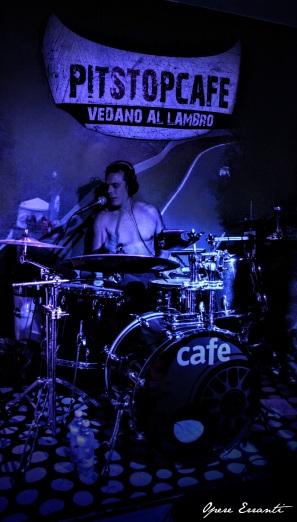 Clanguss - Drums/back vocals